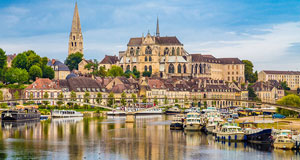 A comfortable coach holiday to France, Belgium, Holland, Germany, Italy or Spain